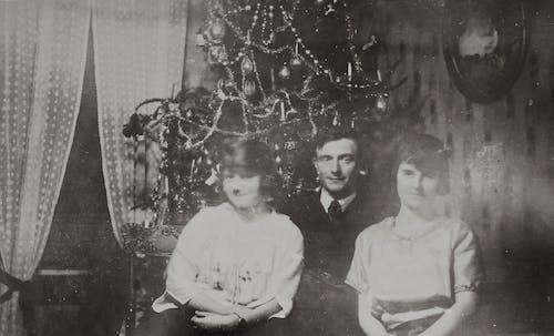 Foto stok gratis anak perempuan, ayah, foto antik