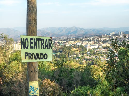 Безкоштовне стокове фото на тему «casas, cerro, ign, montañas»