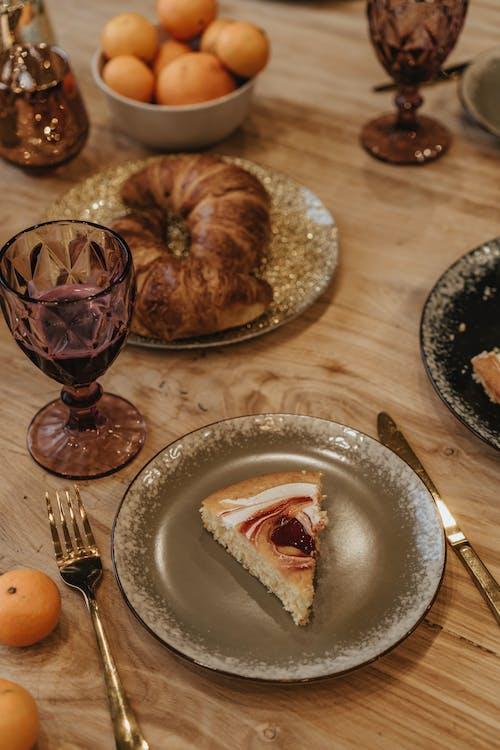 Kostenloses Stock Foto zu braun, brot, dessert