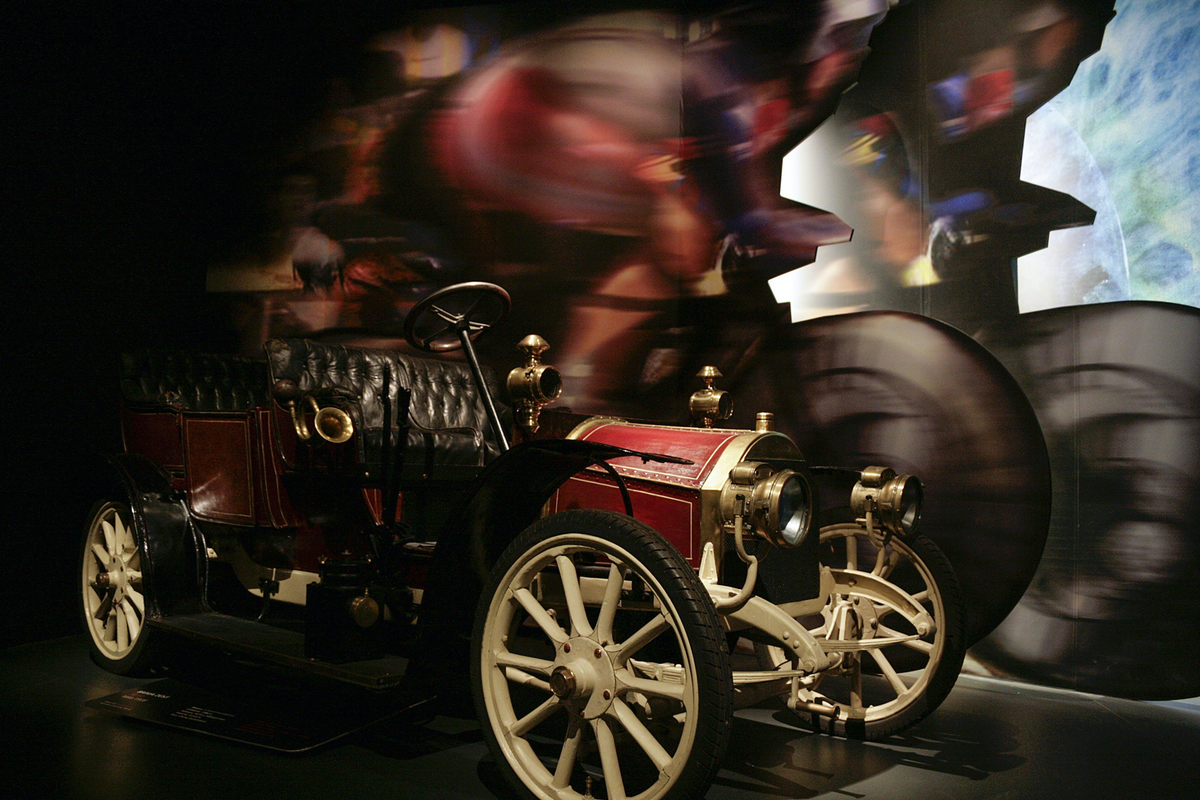 Free stock photo of automotive, car, indoor, museum