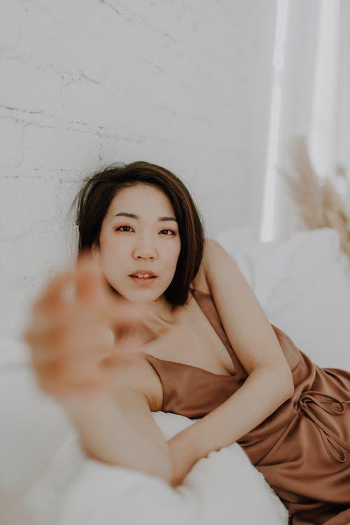 Photos gratuites de #photographie de portrait, à l'intérieur, adulte, Asiatique
