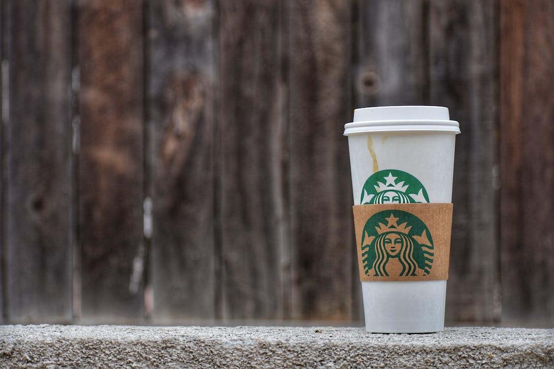 カボチャスパイス コーヒー コーヒーの染みの無料の写真素材