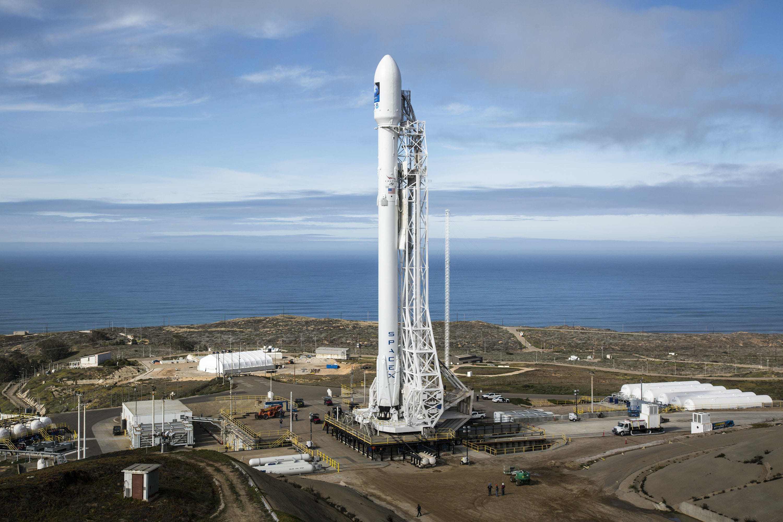 White Rocket Launch Pad