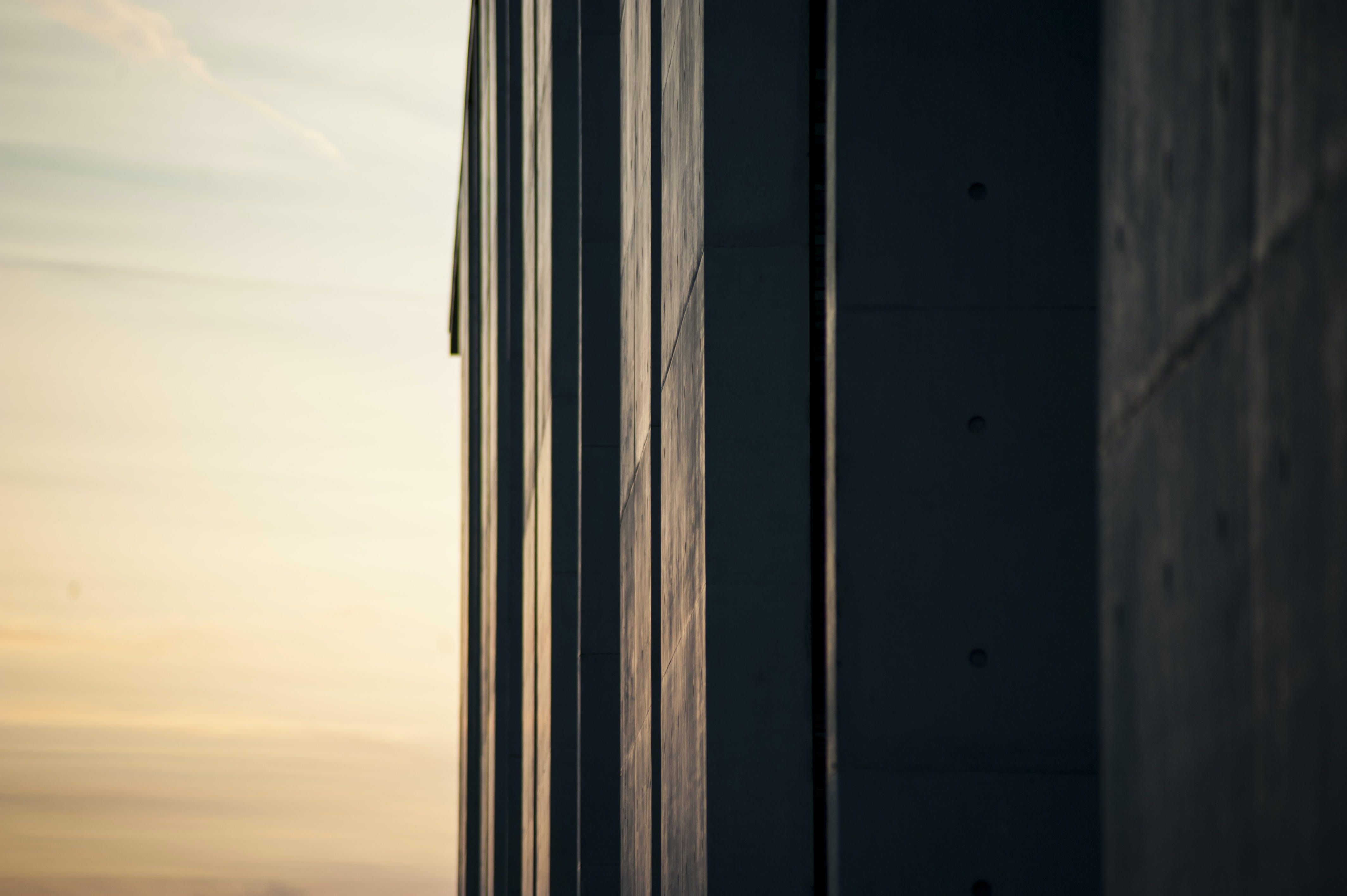 Kostenloses Stock Foto zu berlin, dämmerung, hinterleuchtet, reichstagsgebäude