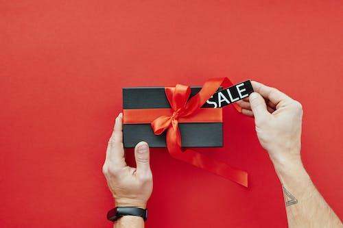 Kostenloses Stock Foto zu band, bogen, box, einkaufen
