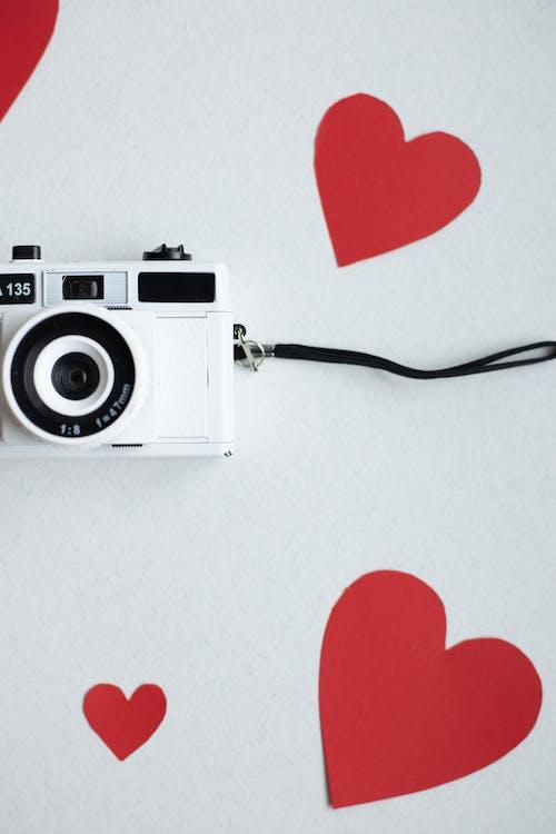 Základová fotografie zdarma na téma bílé pozadí, červená, dekor