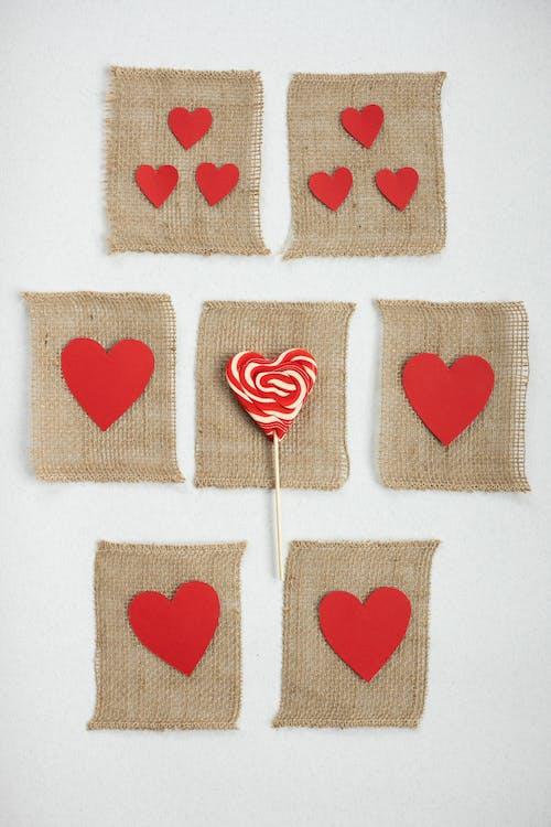 Decoraciones En Forma De Corazón Rojo Y En Forma De Corazón