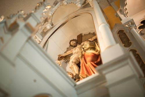 Ilmainen kuvapankkikuva tunnisteilla jeesus kristus, kirkko, krusifiksi
