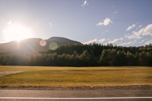 Fotobanka sbezplatnými fotkami na tému asfalt, cesta, čiara, cieľ cesty