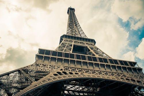 Ingyenes stockfotó acél, alacsony szögű felvétel, belváros, Eiffel-torony témában