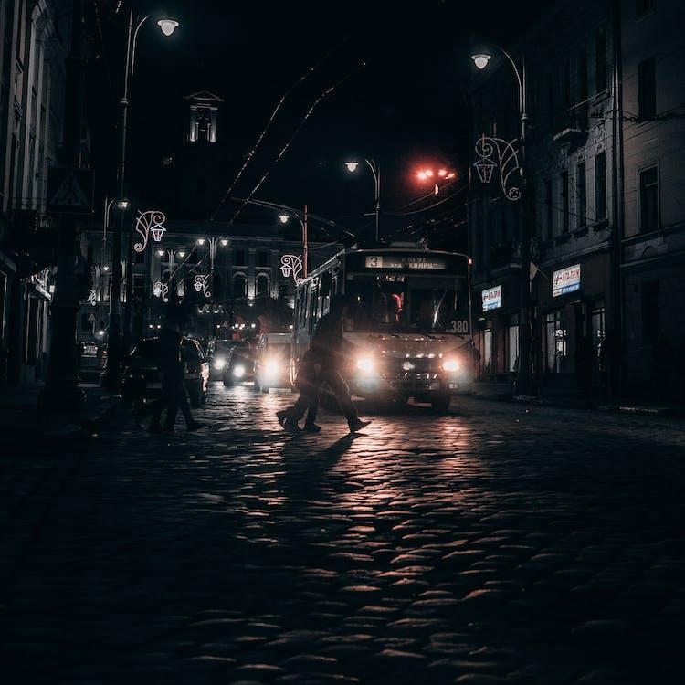 Gratis lagerfoto af aften, arkitektur, avenue