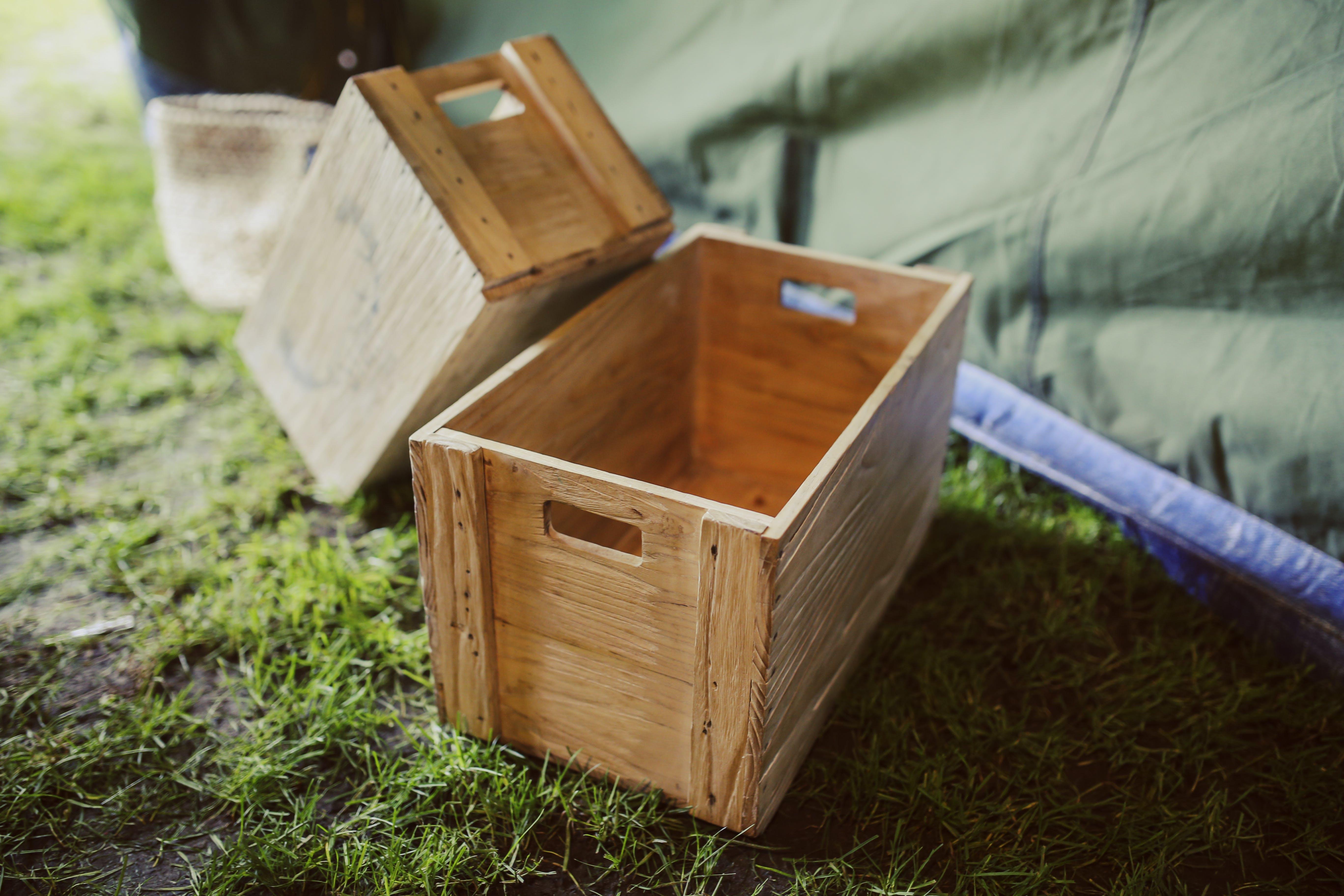 Kostenloses Stock Foto zu außerorts, bauernhof, box, container