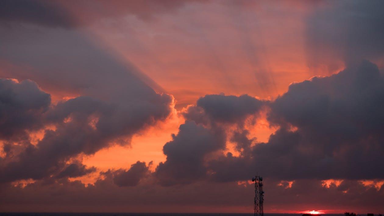 Ακτίνες ηλίου, απόγευμα, δύση του ηλίου