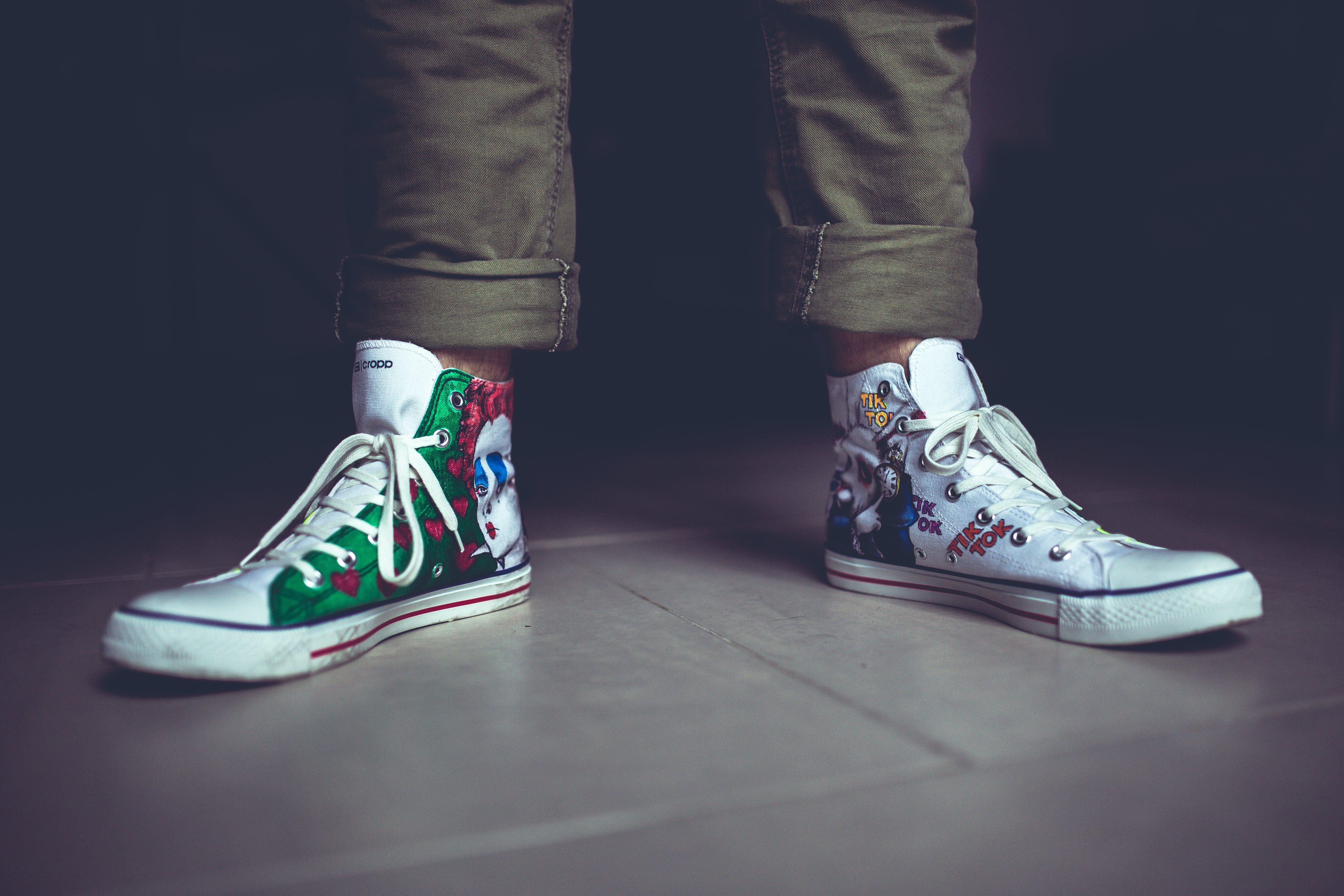 Fotos de stock gratuitas de patas, pies, zapatillas
