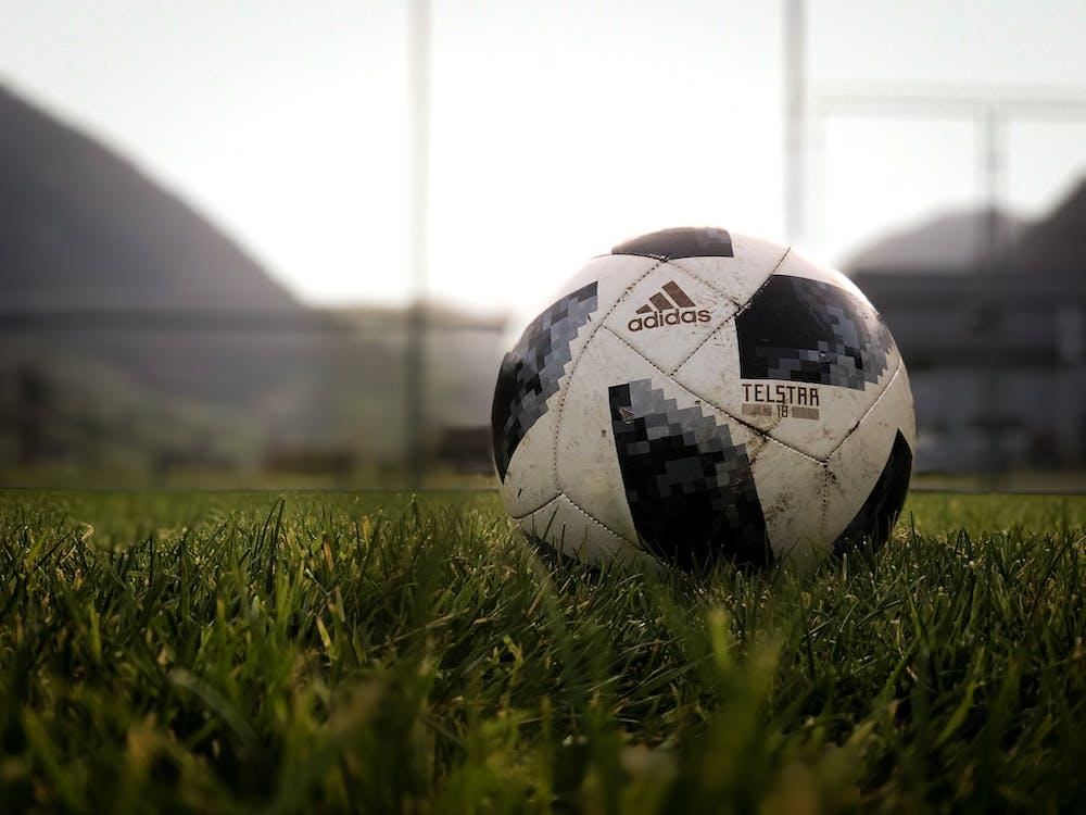 Fotos de stock gratuitas de adidas, balón de fútbol, bola