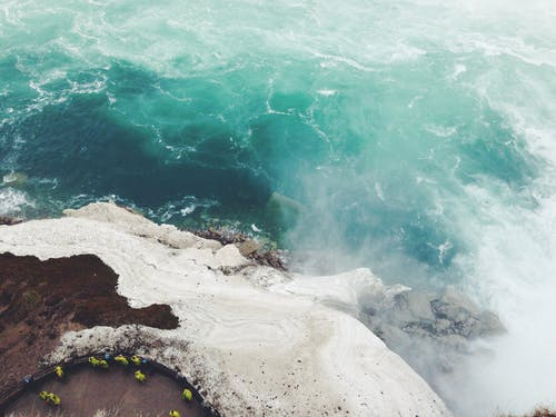 Gratis stockfoto met berg, daglicht, golven, h2o