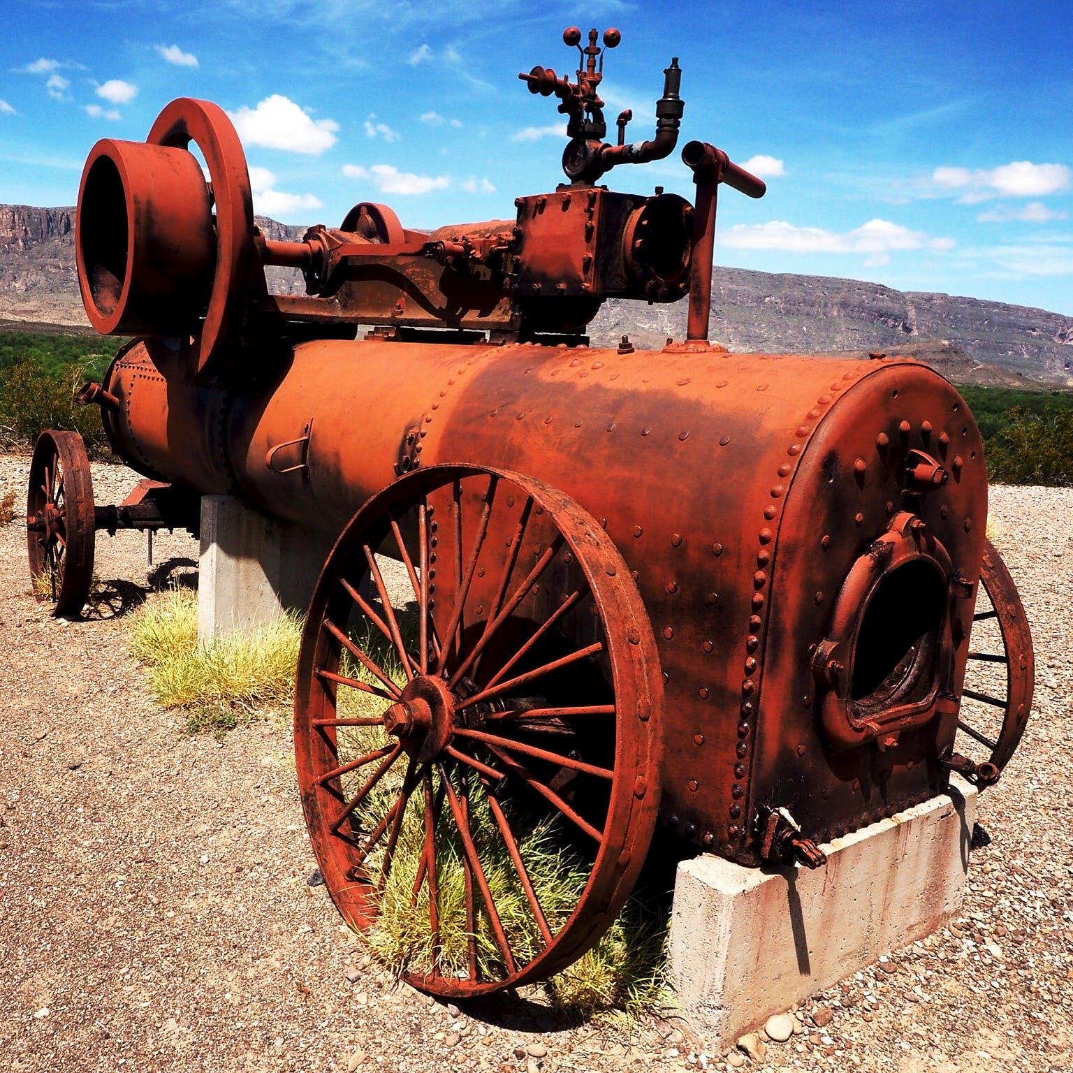 Red Metallic Vintage Machine