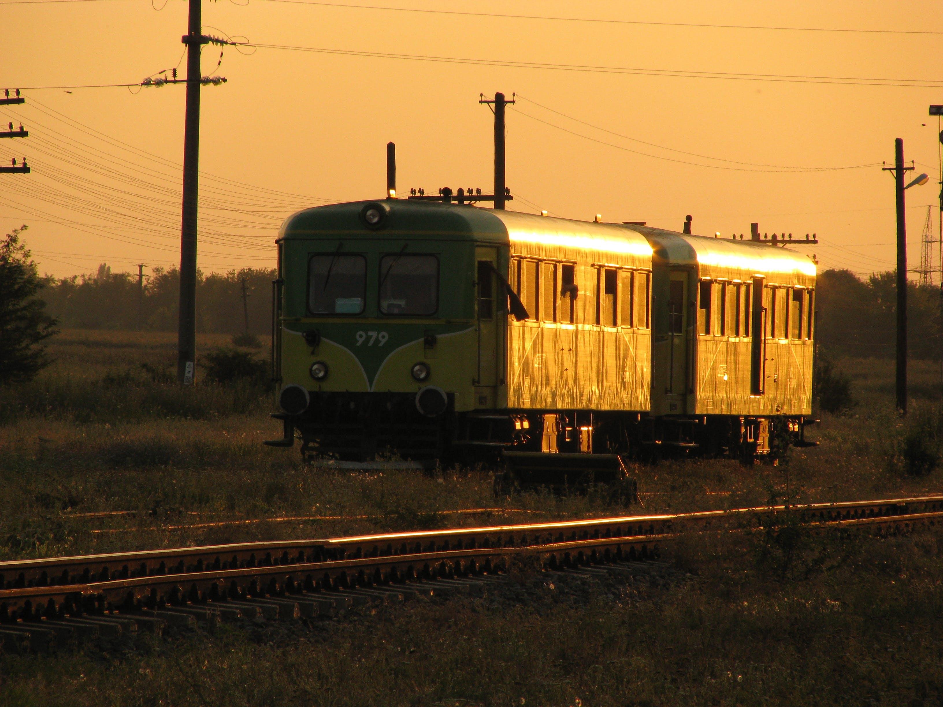 Free stock photo of light reflections, sunset, train