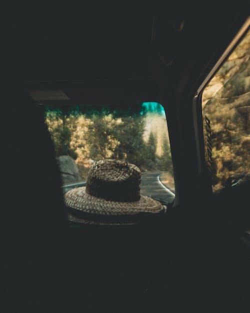 Gratis lagerfoto af bagbelyst, eventyr, hat, kørsel