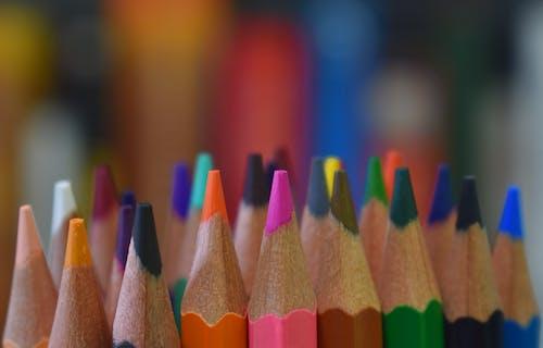 çizim, dizayn, kurşun kalemler, rengarenk içeren Ücretsiz stok fotoğraf