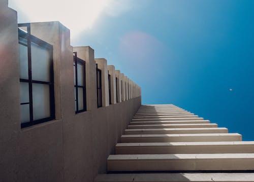 Бесплатное стоковое фото с архитектура, баланс, высокое здание, дом