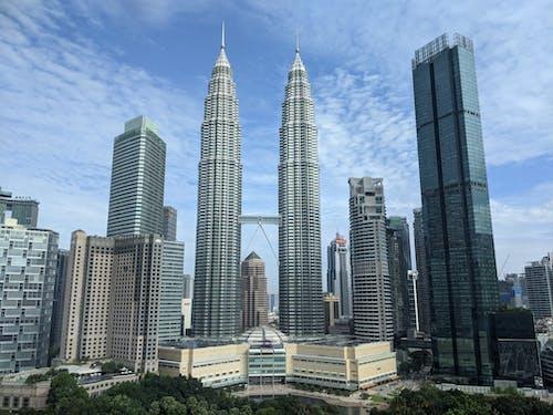 Full Shot of Petronas Towers