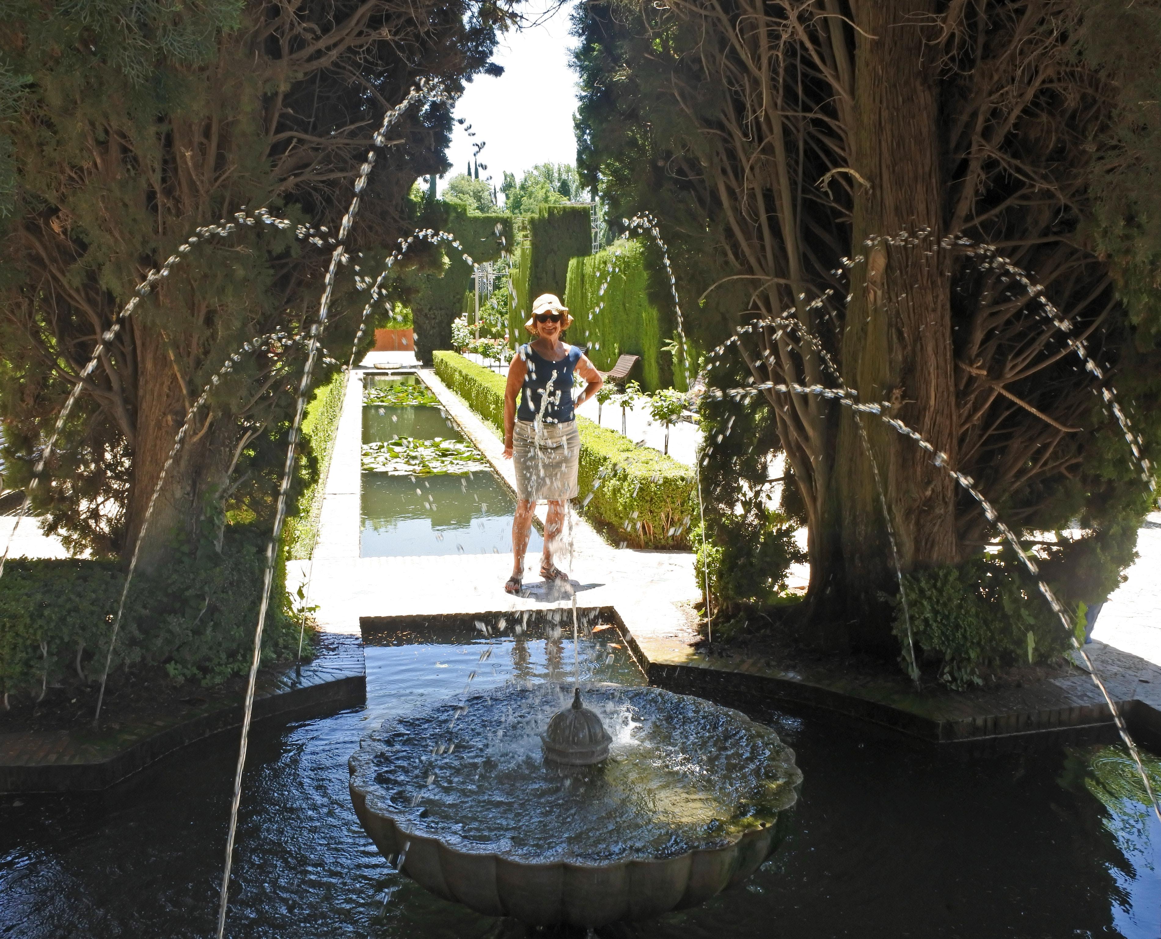 kostenloses foto zum thema: alhambra, brunnen, gärten