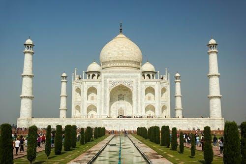 Amazing Taj Mahal Mausoleum under Gloomy Sky