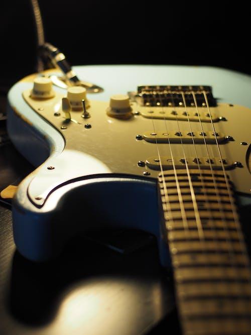 Immagine gratuita di amp, azzurro, chitarra, chitarra elettrica
