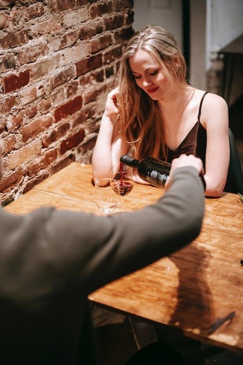 Gratis arkivbilde med alkohol, amorøs, amour