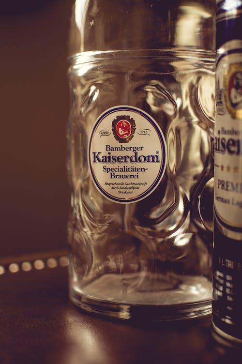 Gratis lagerfoto af alkoholisk drikkevare, bar, container, dåse