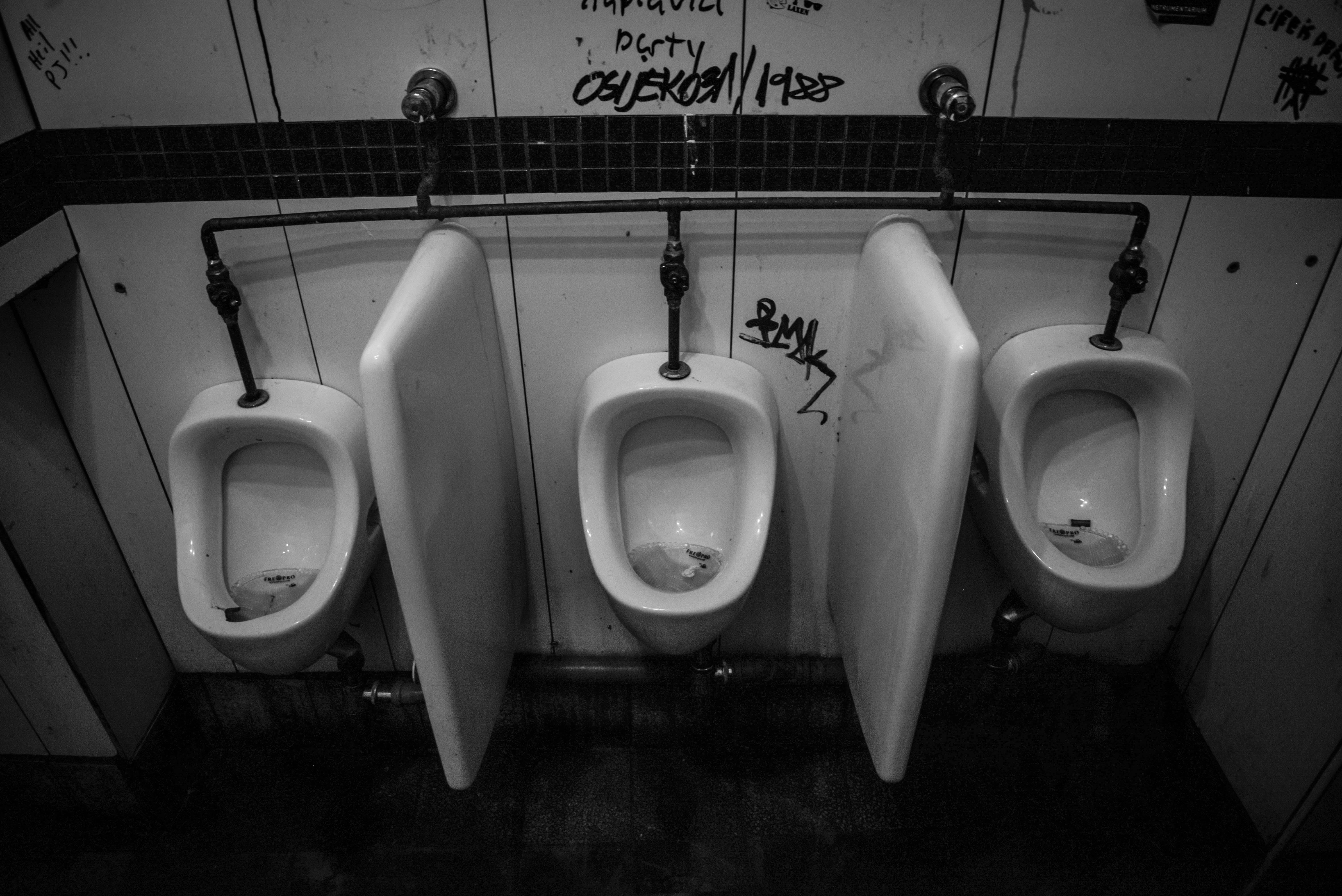 Free stock photo of bathroom, dirty, empty, flush