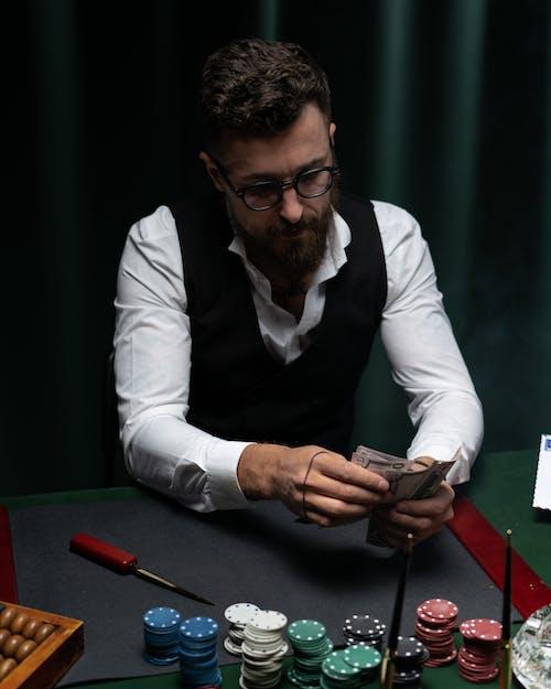 撥火棒, 撲克牌, 書記 的 免費圖庫相片