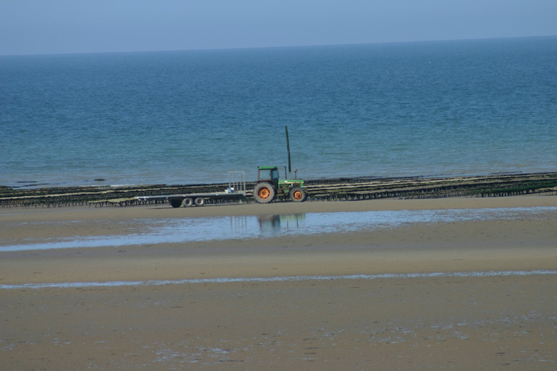 Free stock photo of plage tracteur