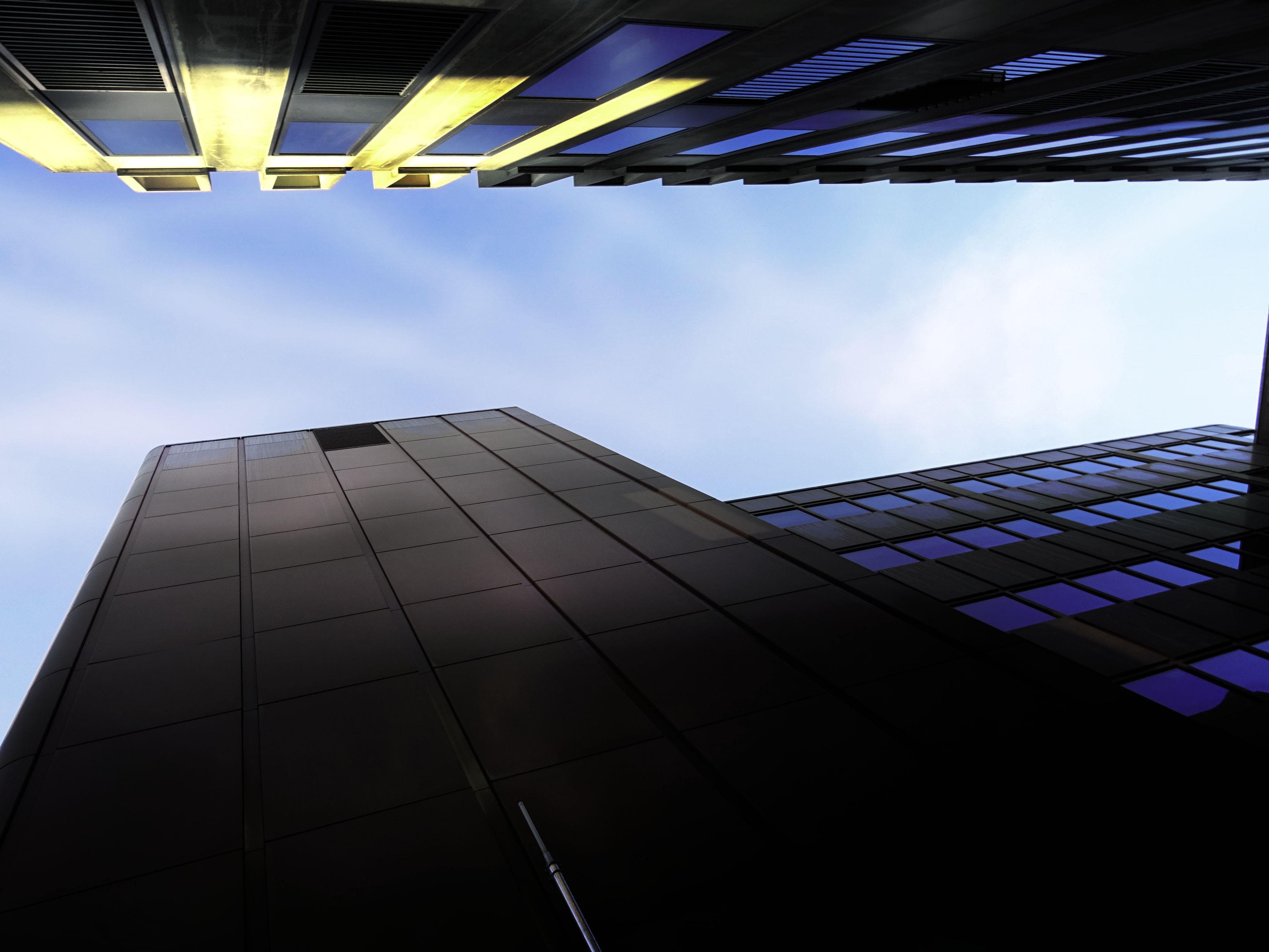 Foto d'estoc gratuïta de arquitectura, cel, centre de la ciutat, ciutat