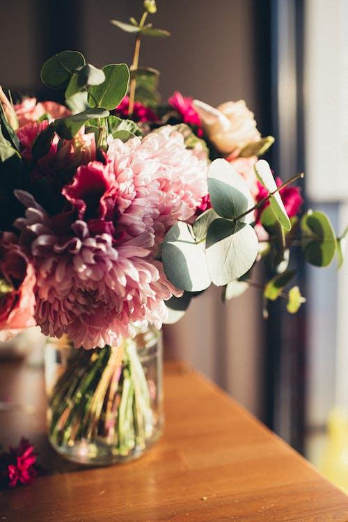 ガラス花瓶, デコレーション, バラエティの無料の写真素材