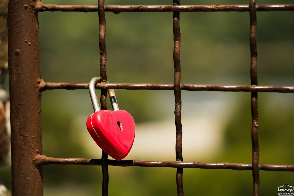 lock, love