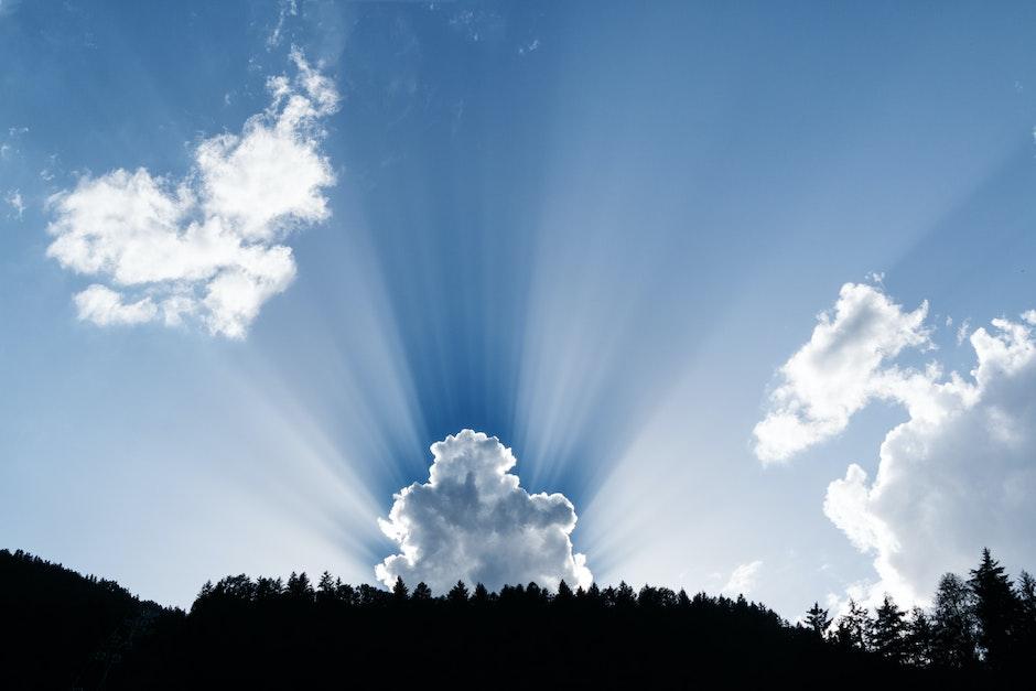 blue sky, clouds, daylight