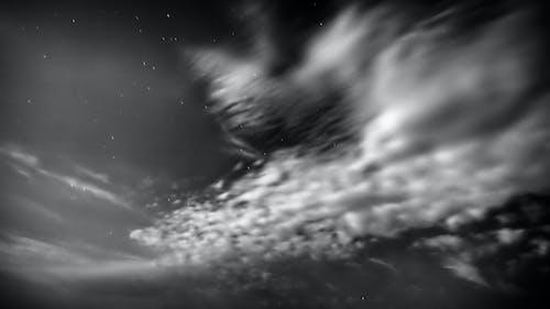 Δωρεάν στοκ φωτογραφιών με ασπρόμαυρη φωτογραφία, αστέρια, Νύχτα