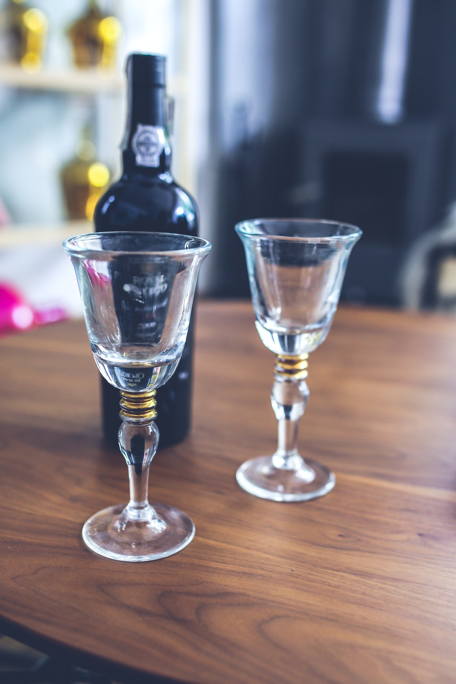 Two wine glasses & bottle