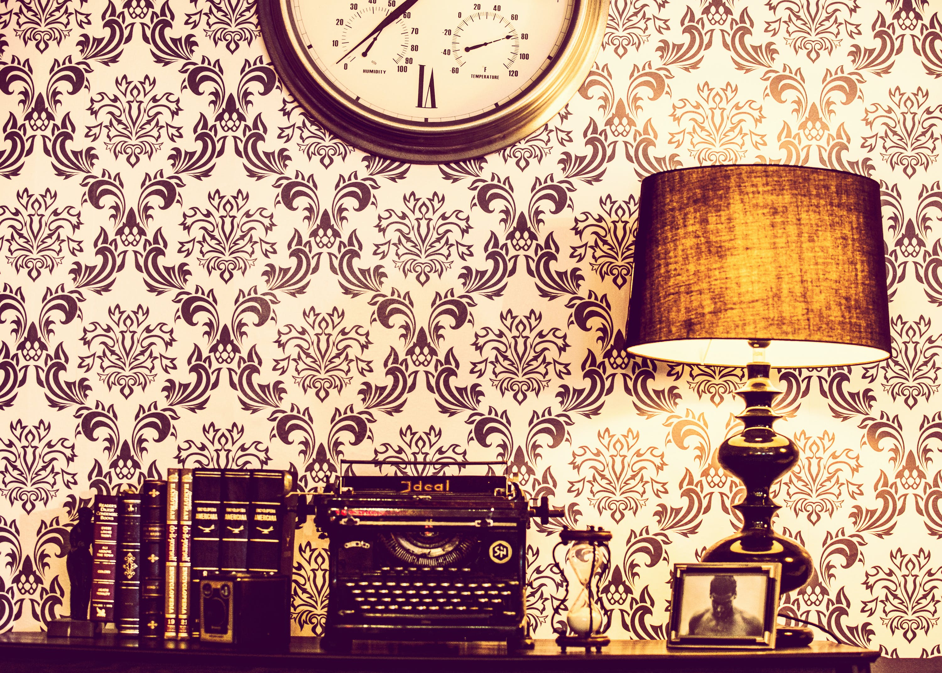 Free stock photo of books, lamp, rustic, classic