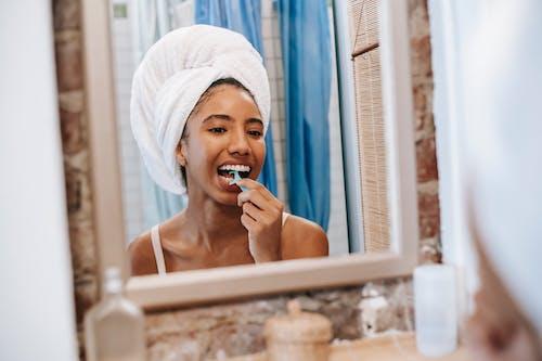 Immagine gratuita di a casa, abitudine, asciugamano