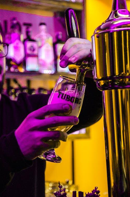 Бесплатное стоковое фото с алкоголь, Анонимный, бар