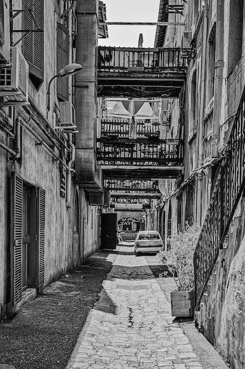 Fotos de stock gratuitas de arquitectura, Arte, blanco y negro, calle