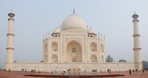 Majestic Taj Mahal under Gloomy Sky