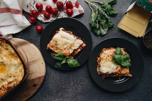 Cheesy Lasagna in an Earthenware