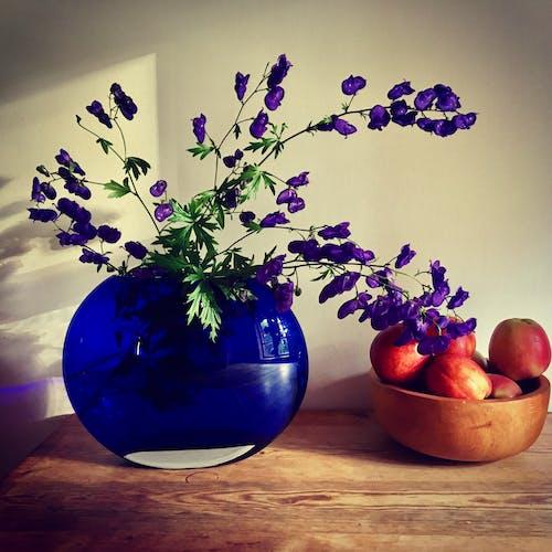 Free stock photo of apple, beautiful flowers, fresh fruit, still-life