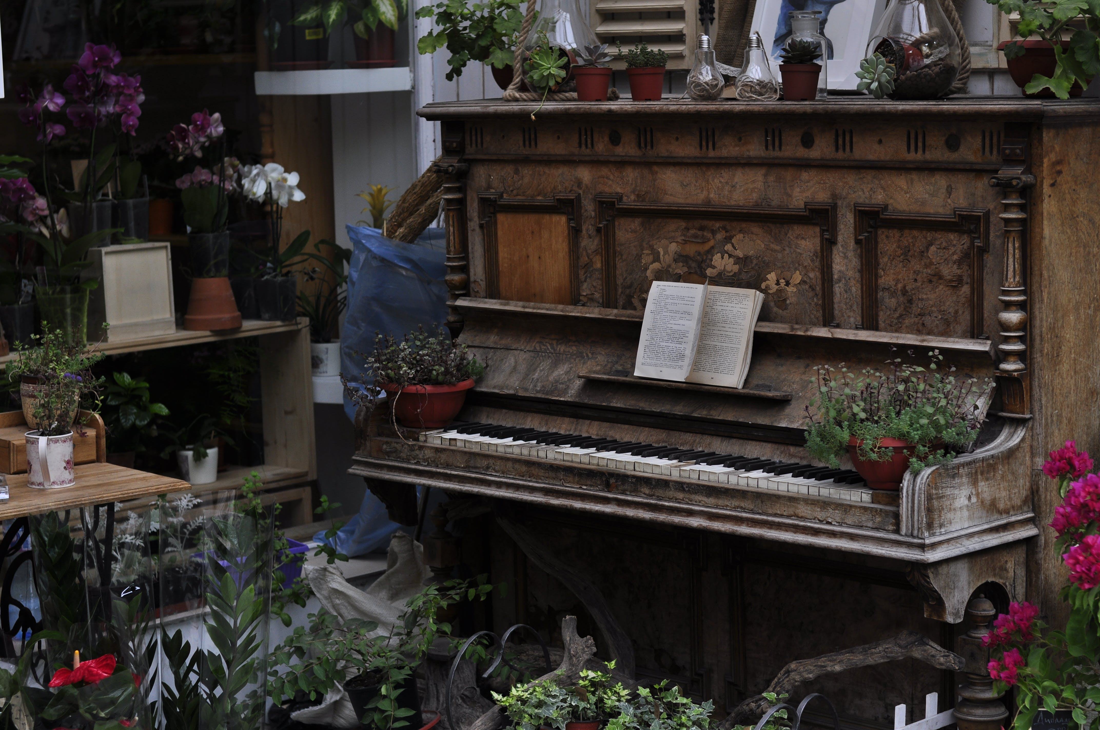 Free stock photo of exterior, old piano, piano, vintage