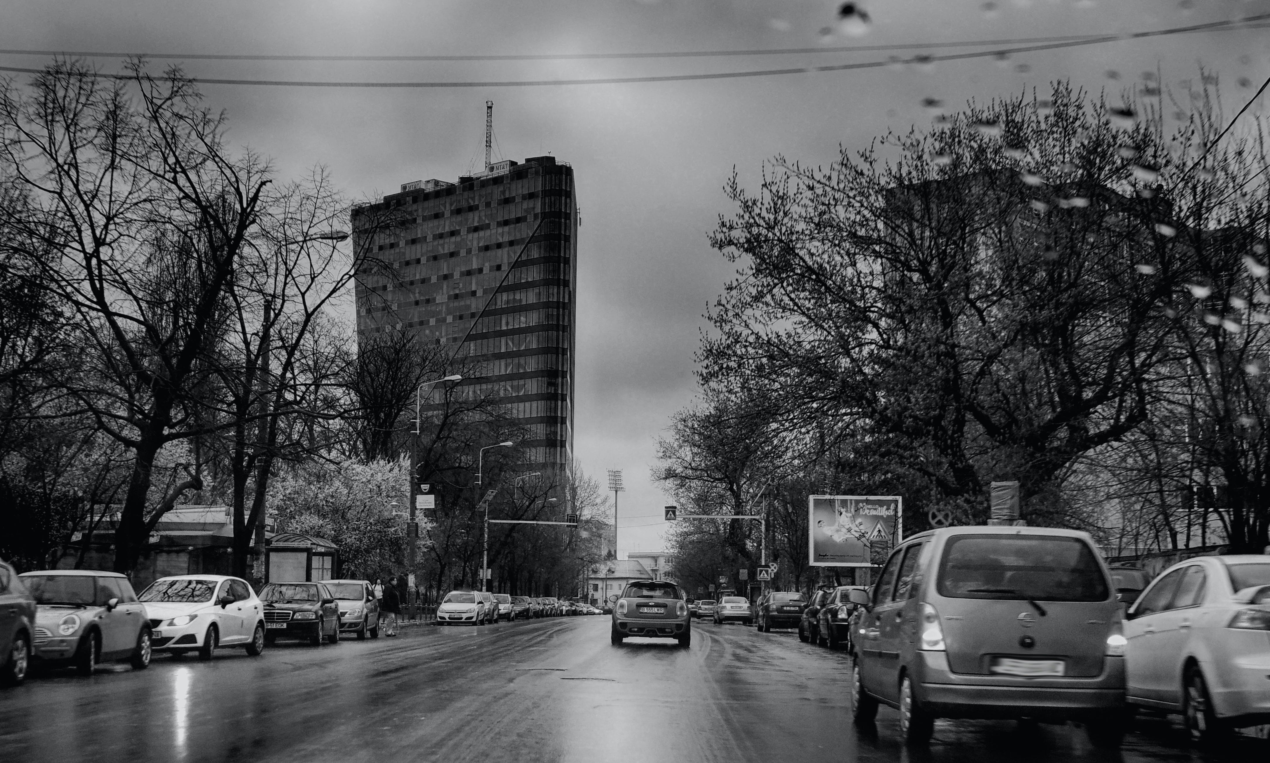 Free stock photo of arhitecture, black-and-white, bucharest, cars