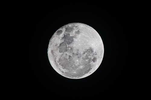 Бесплатное стоковое фото с Астрономия, вечер, луна, монохромный